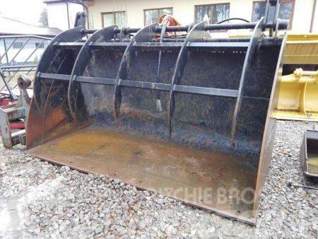[Other] Łyżka do ładowarki z trzymakiem hydraulicznym duża