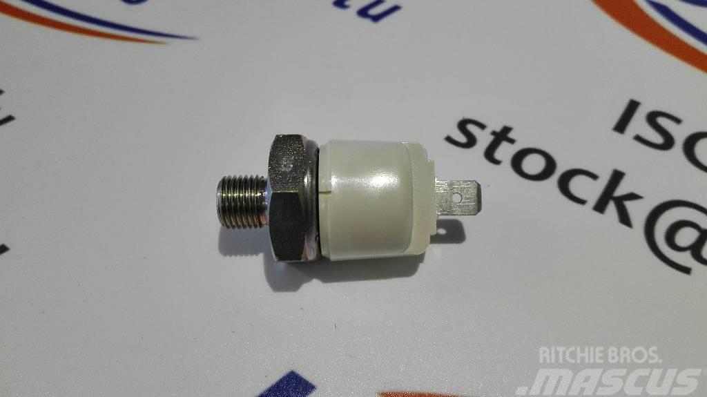 Bobcat 26278.2, Oil Pressure Switch