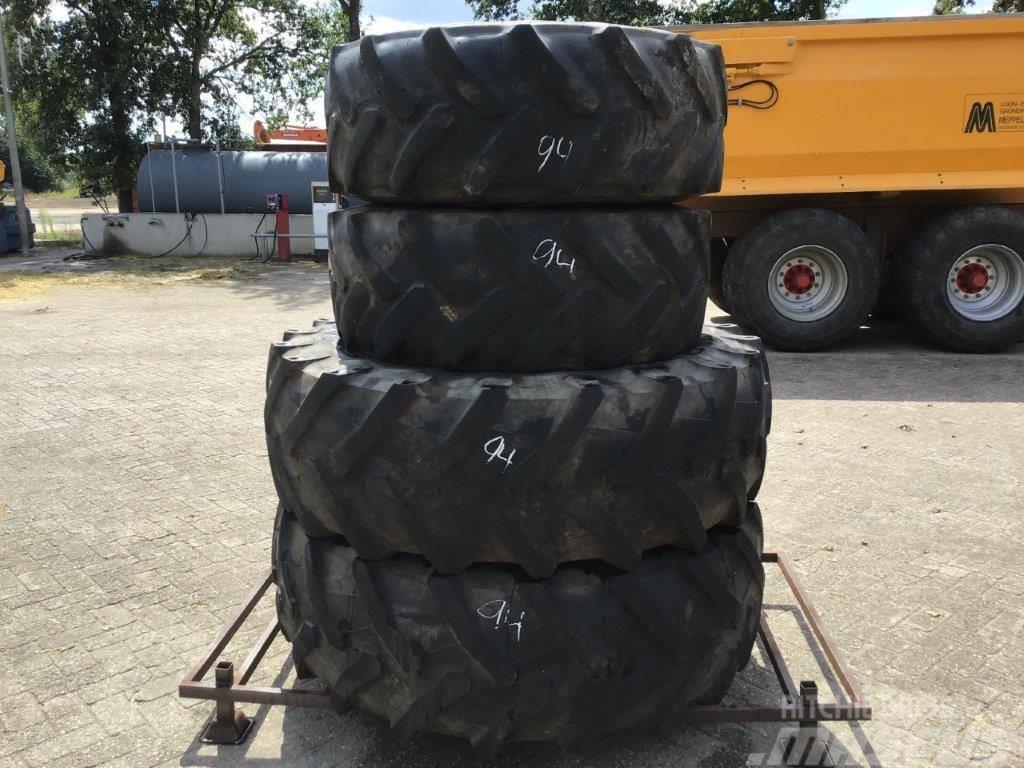 Pirelli 380/70R24 480/70R34