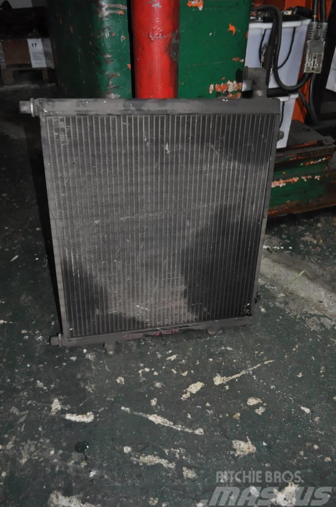 Timberjack 810B Chlodnic Oleju