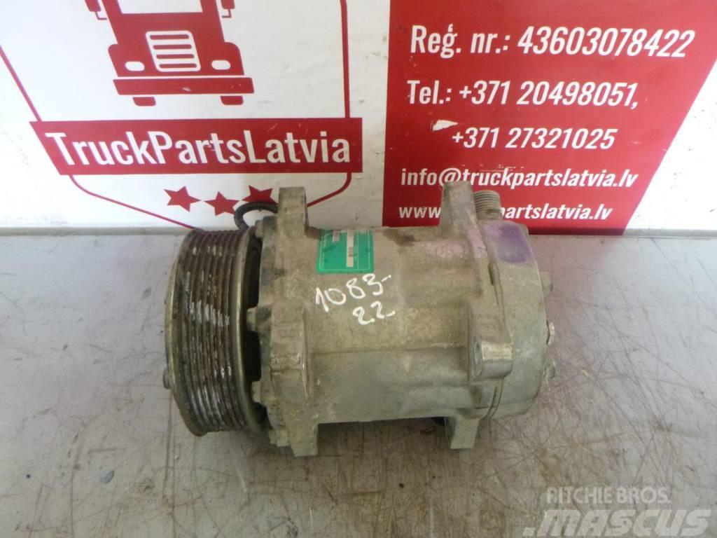 MAN TGX Air conditioning compressor 51.77970.7028