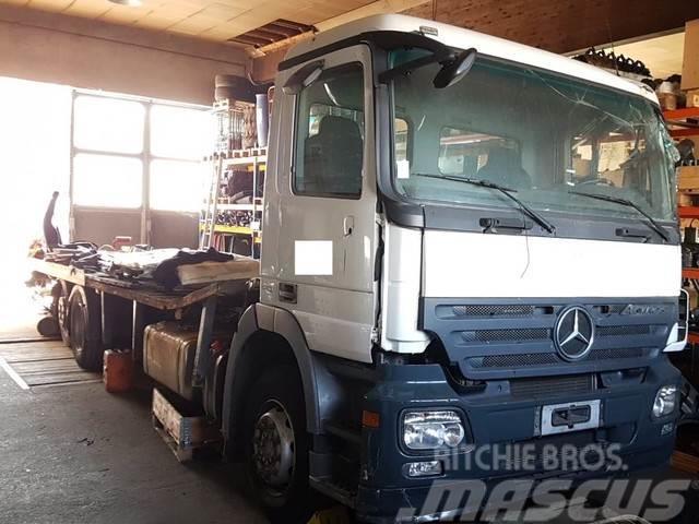 Mercedes-Benz Actros 2541 Plateau 9,90 m