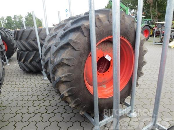 Trelleborg 2 Räder 540/65R34 TM 800