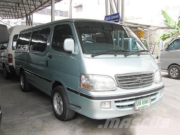 toyota hiace commuter 3 0 occasion ann e d 39 immatriculation 2003 utilitaire. Black Bedroom Furniture Sets. Home Design Ideas