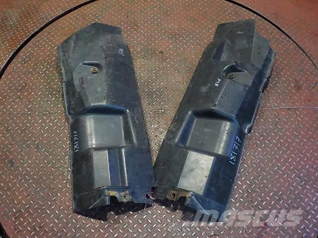 Mercedes-Benz Actros MPIII Noise insulation cover 9435203422 943
