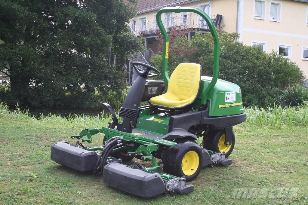 John Deere Precision Cut 2500 B Triplex Greensmower