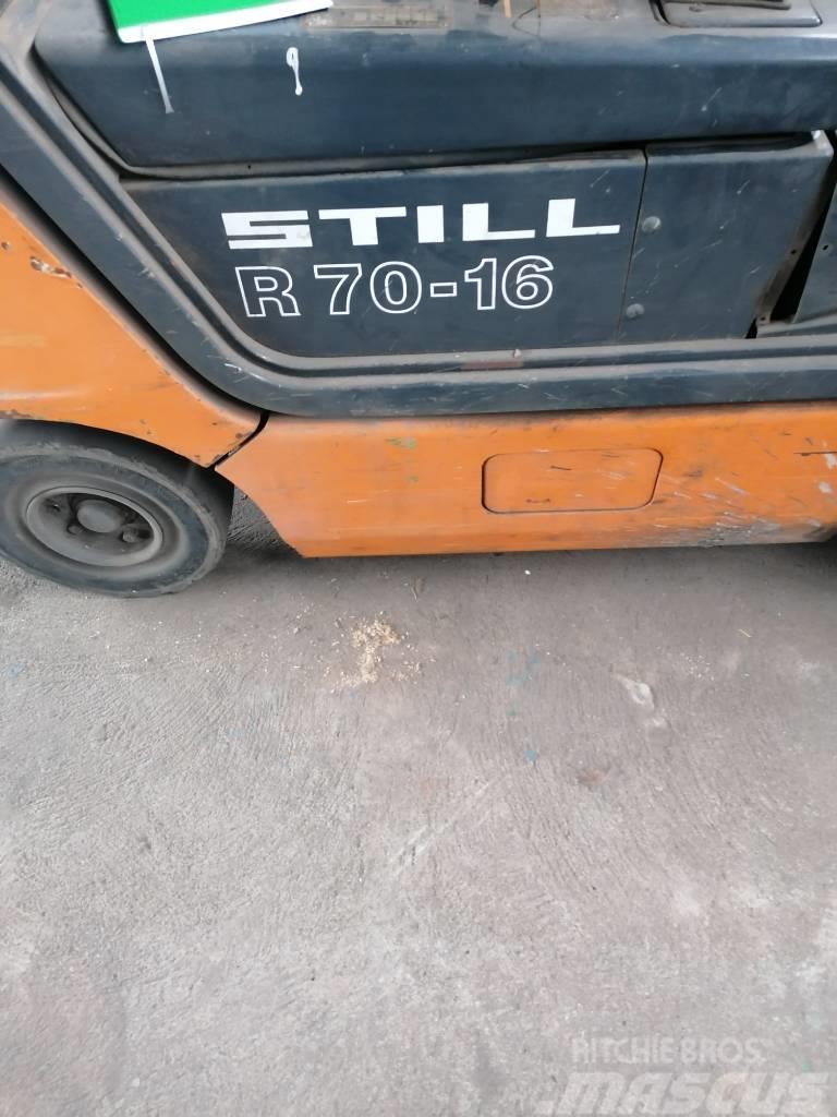 Still R70/16T