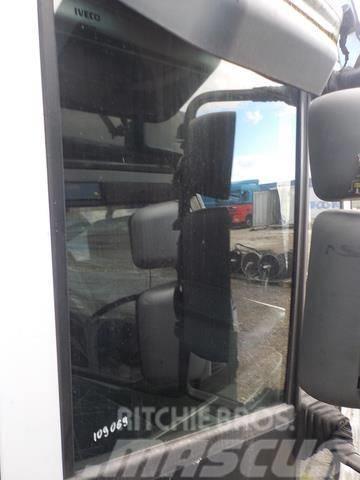 Iveco Stralis Door side windows 98407341