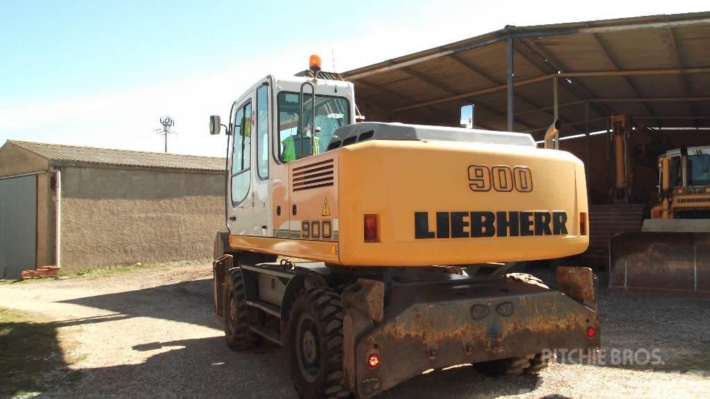 Liebherr A 900 C Litronic