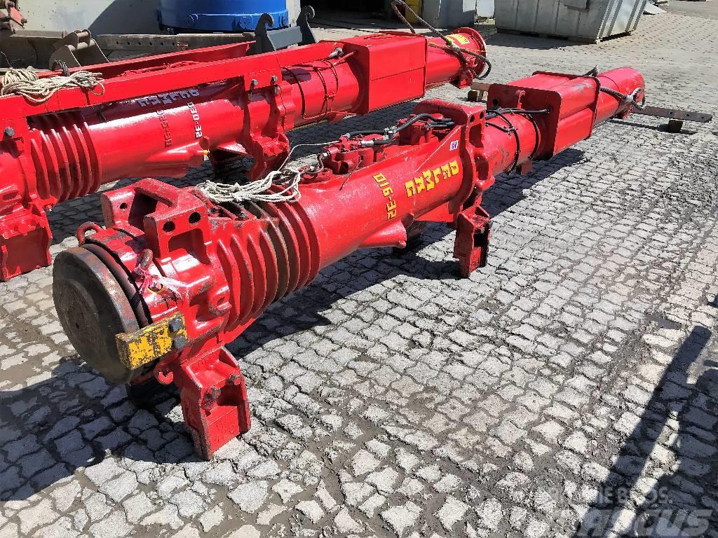 Delmag Dieselramme D16-42 / Diesel pile hammer D16-42