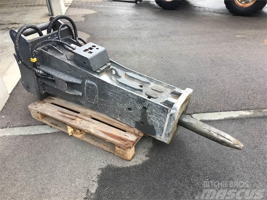 MTB 105 DH Proline   Oilquick OQ 65 Bagger 9-15 to