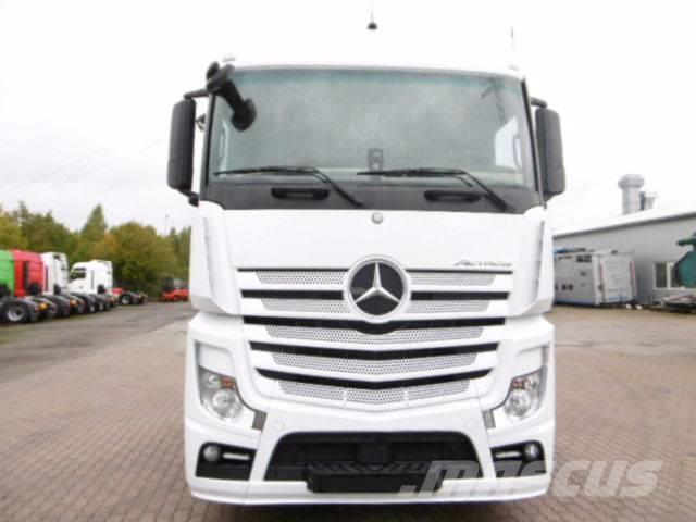 Mercedes-Benz Actros 1840 Steam Space Safety Aust.