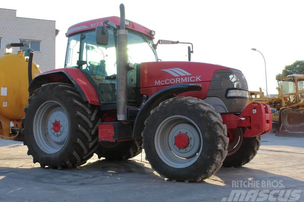 mccormick mtx135 gebrauchte traktoren gebraucht kaufen und. Black Bedroom Furniture Sets. Home Design Ideas