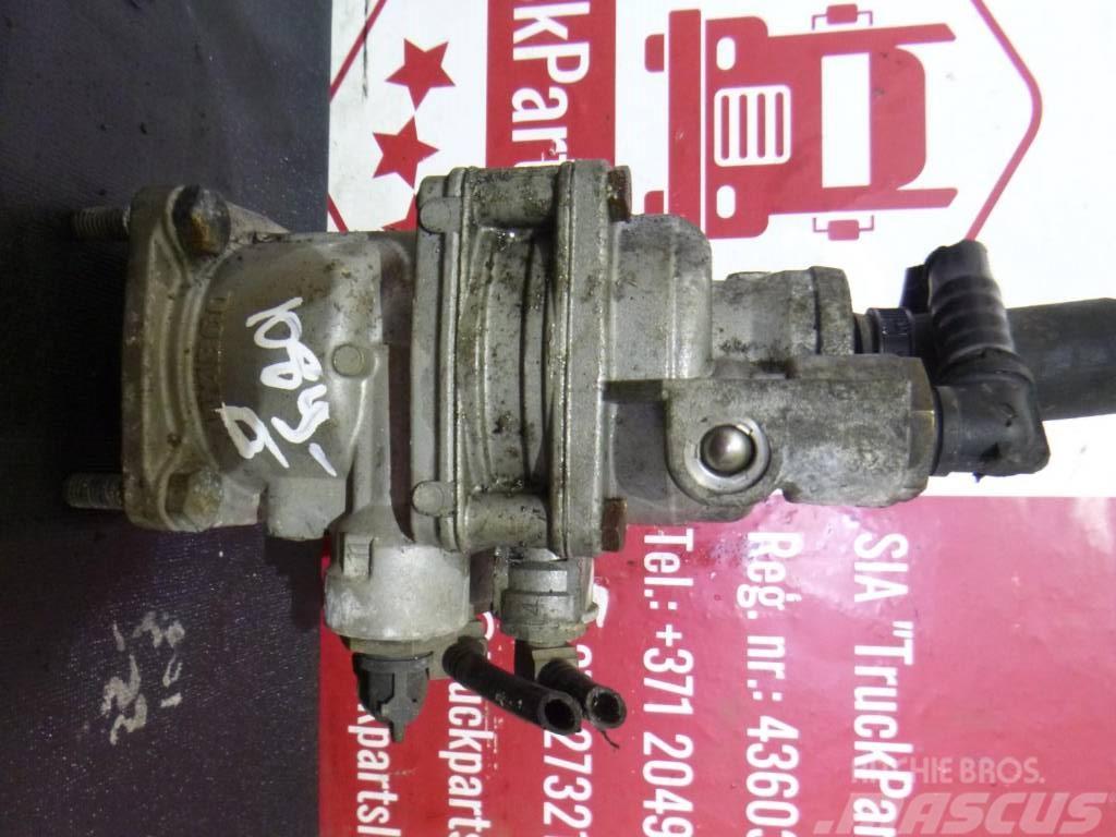 Mercedes-Benz TGX Brake valve 4613192720
