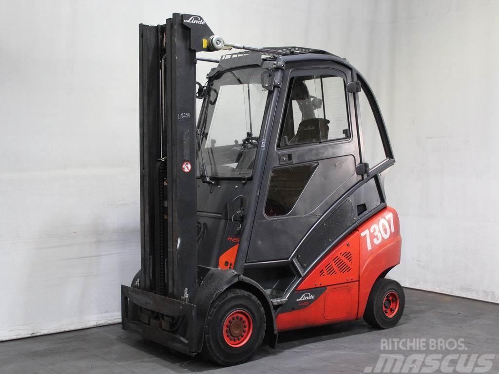 Linde H 25T-02/600 393GETR