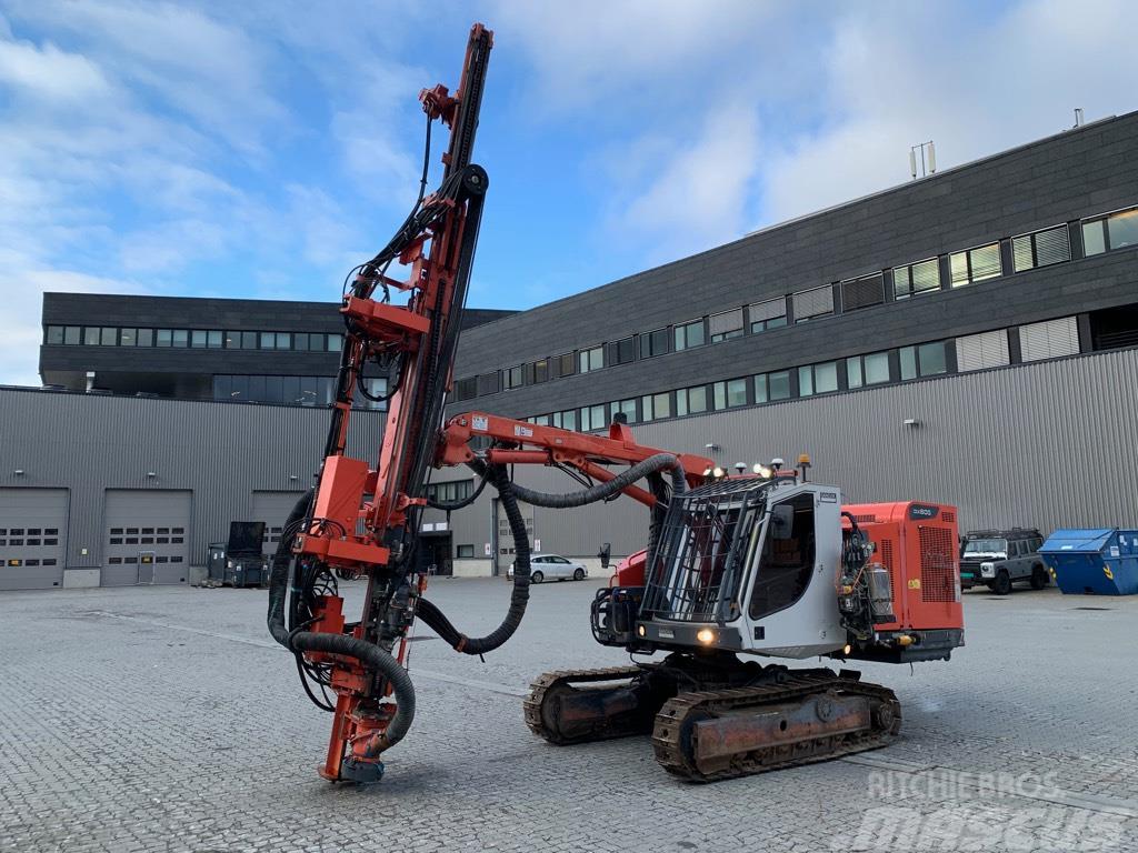 Sandvik DX 800