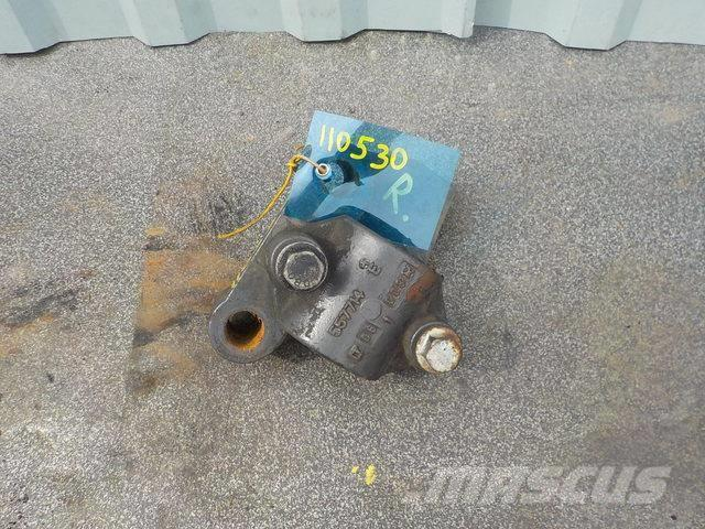Renault Premium II Anti-roll bar bracket 5010557721