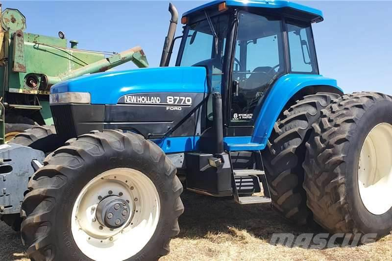 New Holland 8870