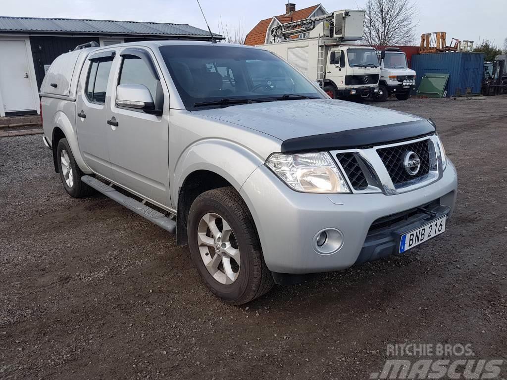 Nissan Navara  D401