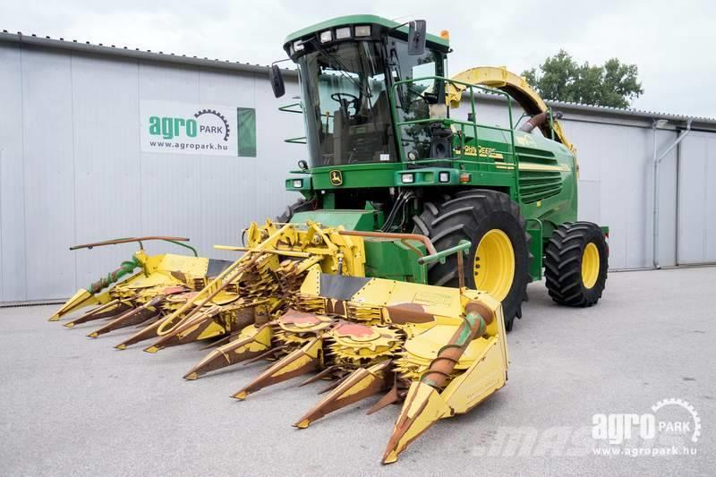 John Deere 7500 (2241/3559 hours) 6 m row independent corn