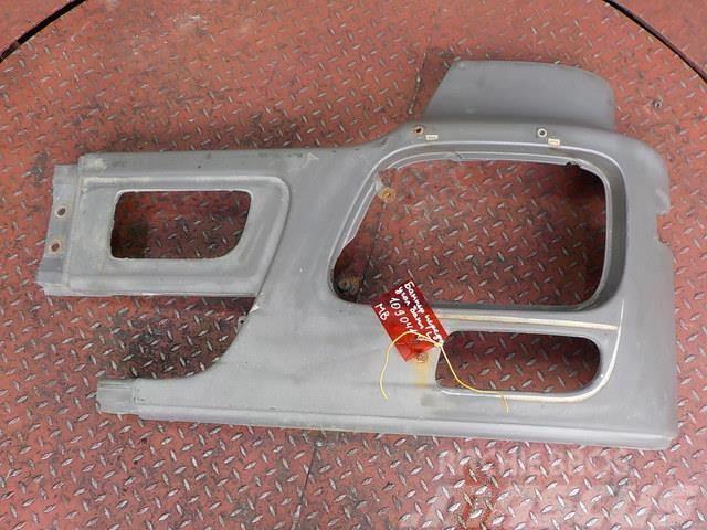 Mercedes-Benz Actros MPIII Front bumper left part 9438806072 943