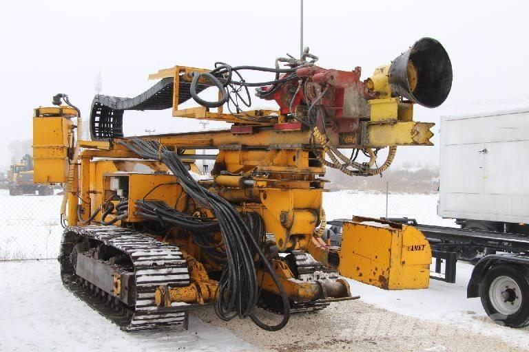 [Other] Wamet Tracked drilling rig Wamet SWK 200