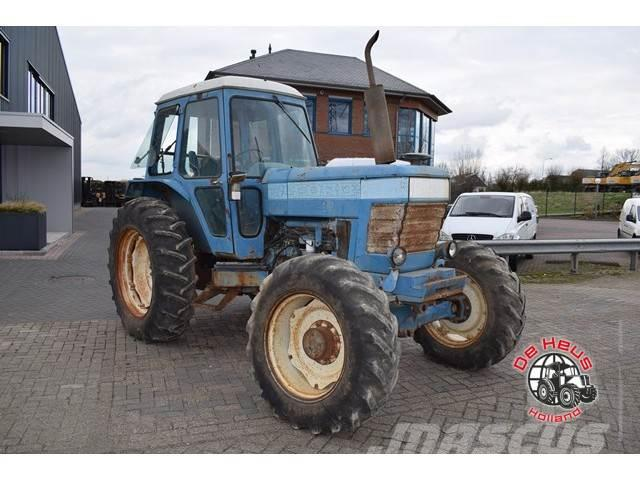 Ford 7910 4wd.