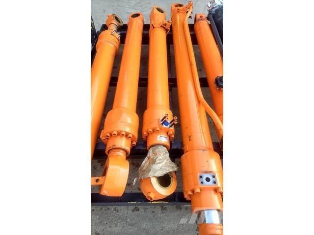 Doosan Lepelsteel cilinder DX235LCR - K1053781