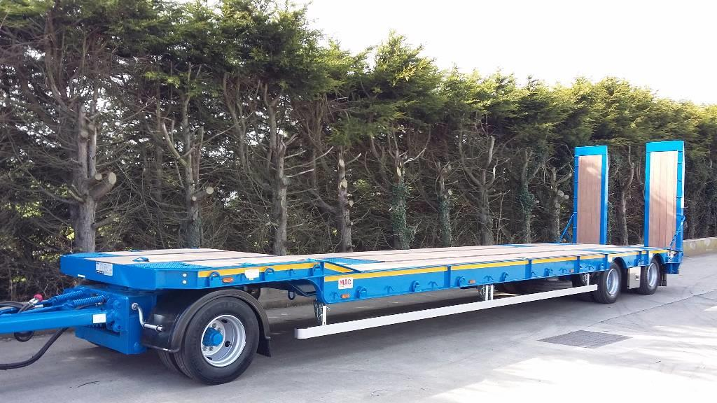 MAC 3 Axle Turntable Low Loader