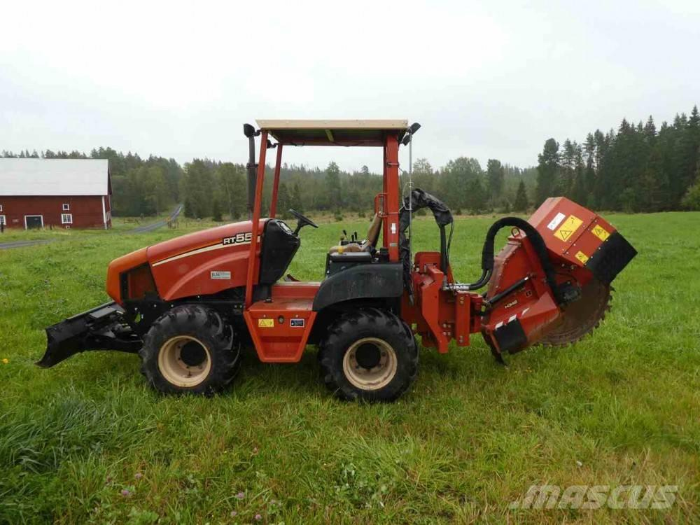 Ditch Witch RT 55