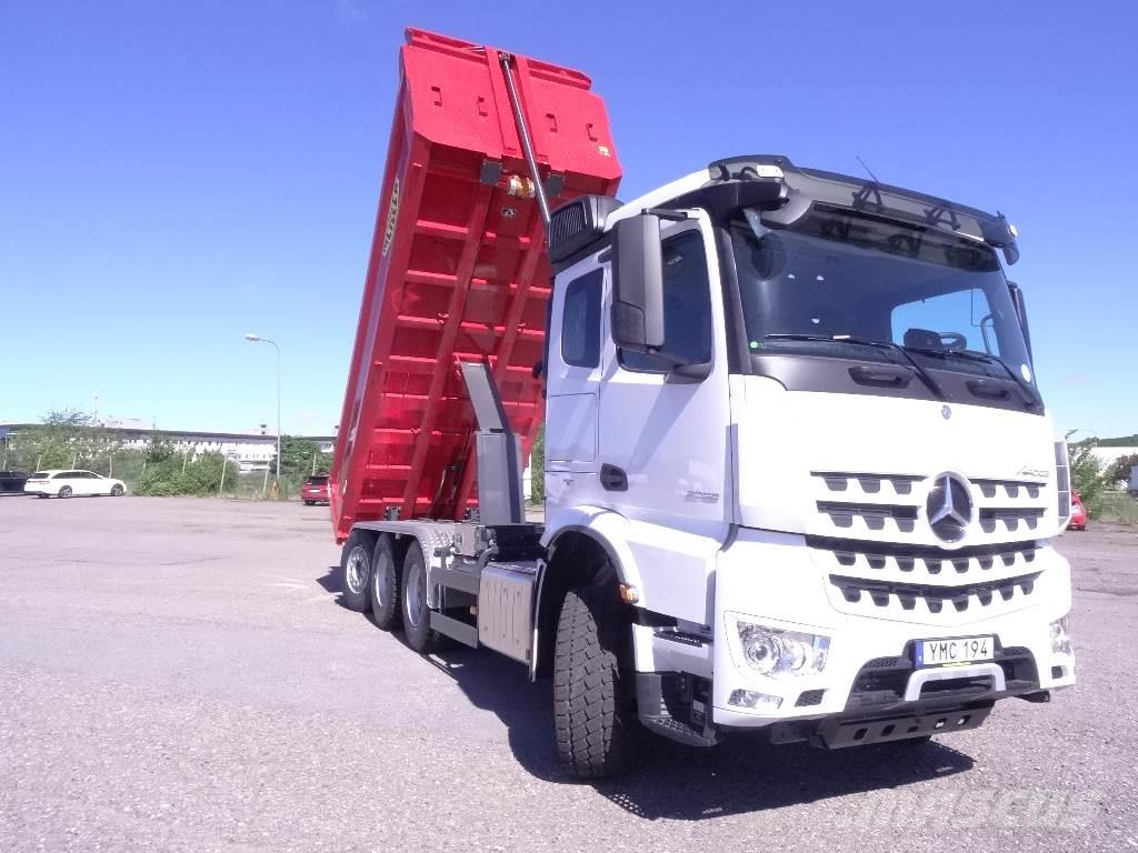mercedes benz arocs 3258 tipper trucks price 153 345. Black Bedroom Furniture Sets. Home Design Ideas