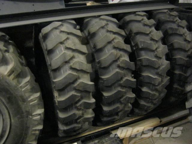 Mitas Radsatz 10.00-20 Reifen Mobilbagger