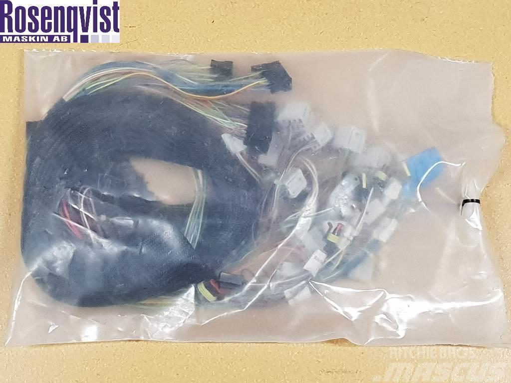 Deutz-Fahr Electrical system 04436881