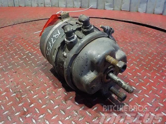 Volvo FH Spring brake cylinder 20466070