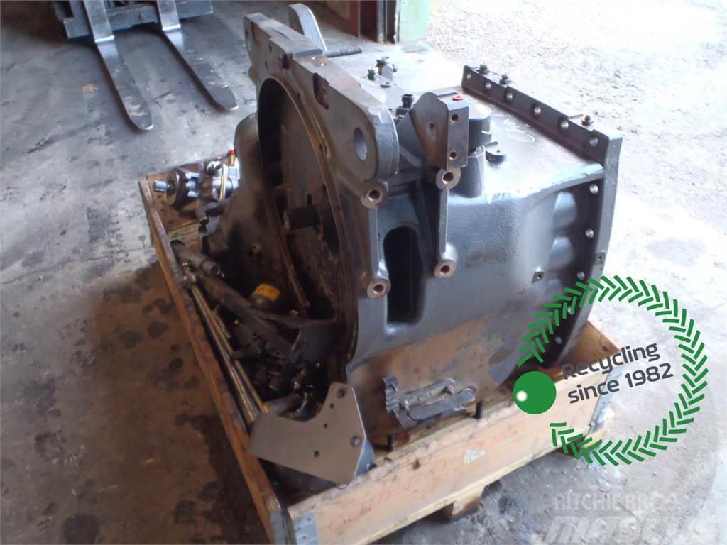 Challenger MT665C Transmission