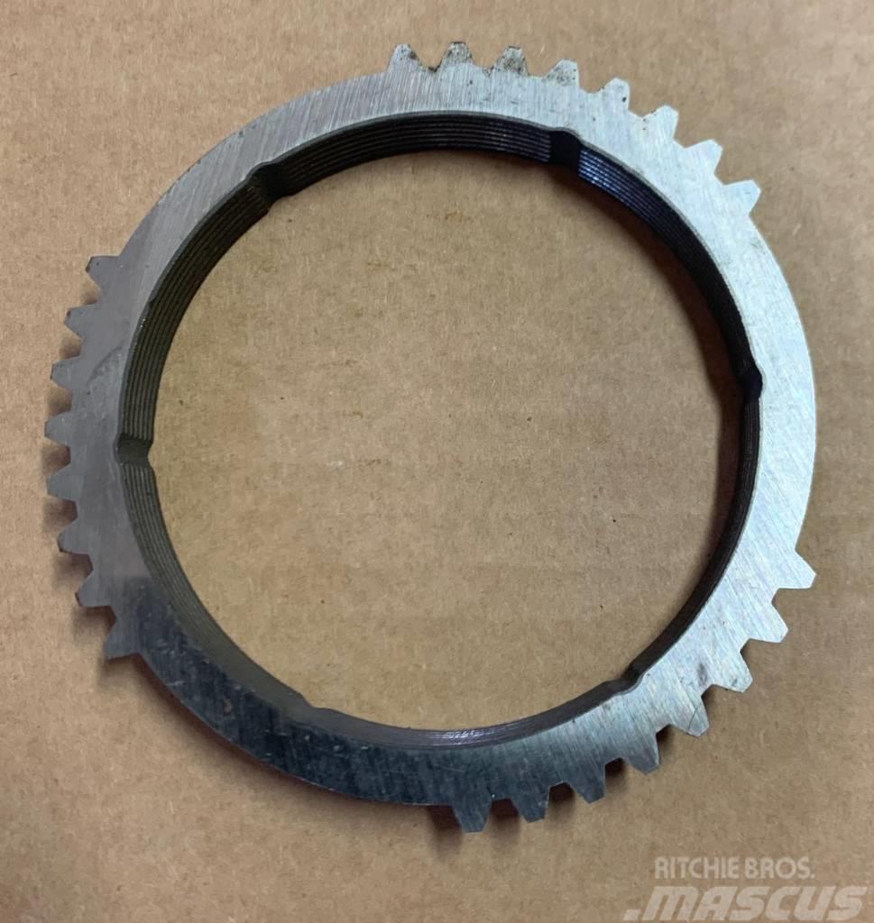 Deutz-Fahr Ring - 04343544