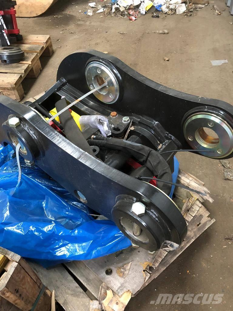 Used JCB Quick Hitch quick connectors Year: 2018 for sale