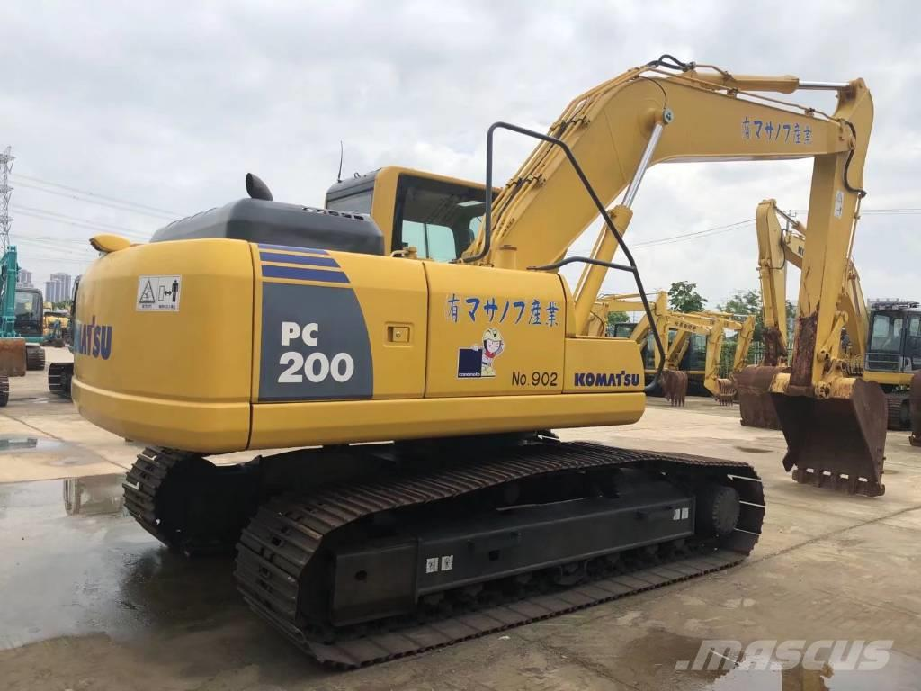 Komatsu PC200-8履带式挖掘机