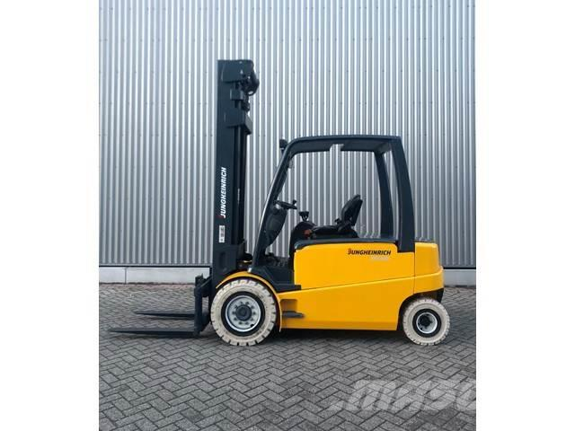 [Other] Heftruck Jungheinrich EFG540 4000KG 7.17METER