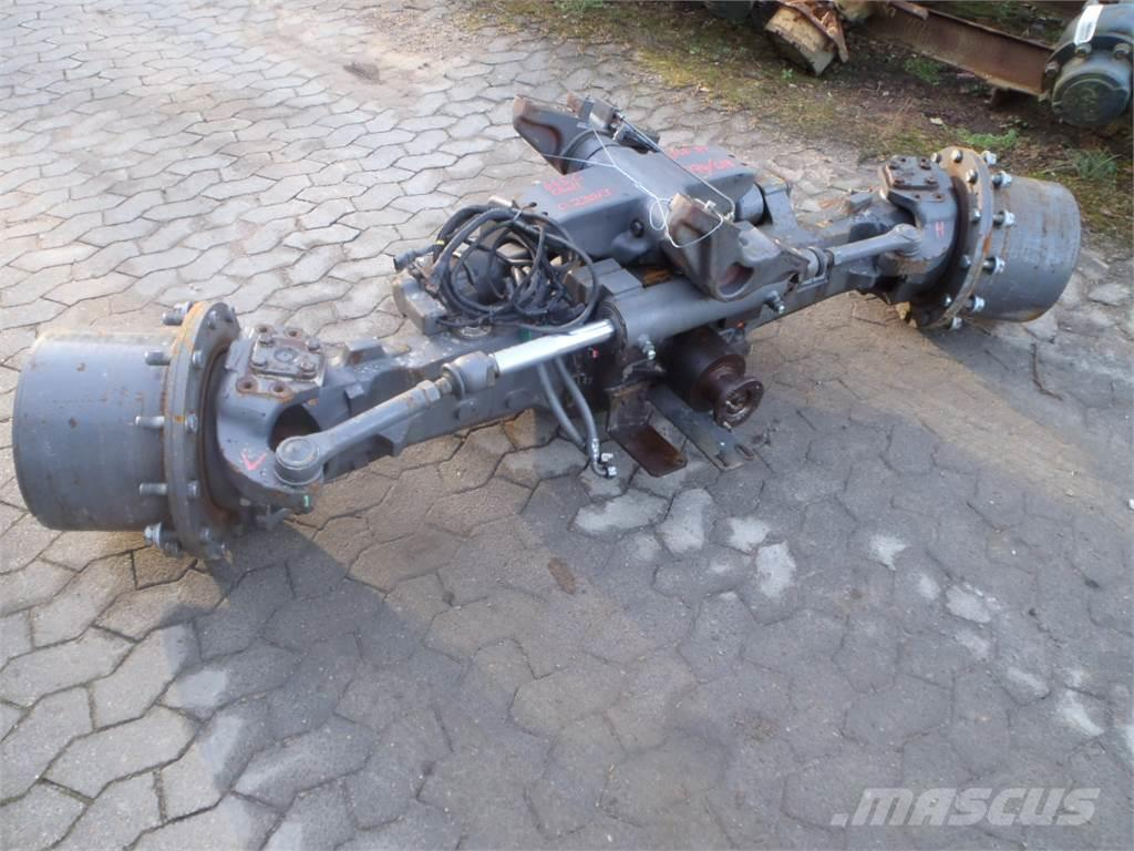 [Other] Front axle Challenger MT 665C
