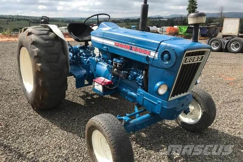 Ford 500 Tractor