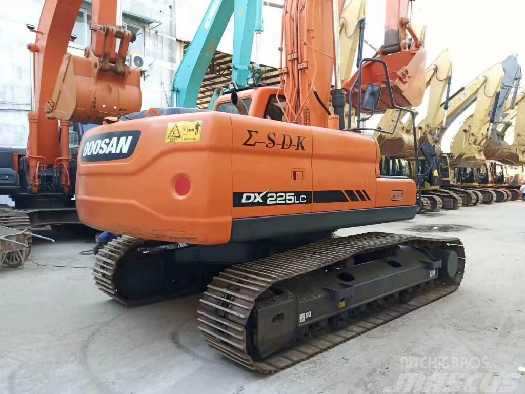 Doosan DX 225 LC