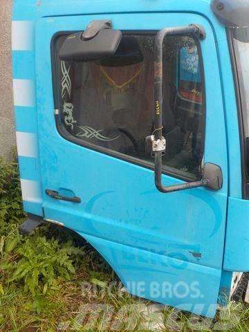 Mercedes-Benz Atego MPI Door right 9737201805