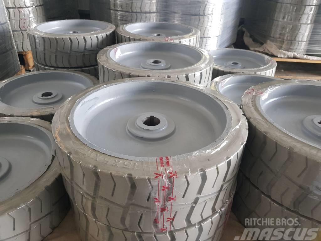 Genie Scissor lift 2646 tire 15x5