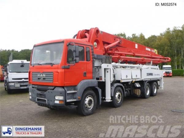 MAN TGA 41.400 8x4 Schwing S42R pump 42 m
