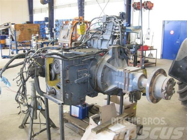 Ford 8970 super steer / bagtøj sælges fra den Komplet b