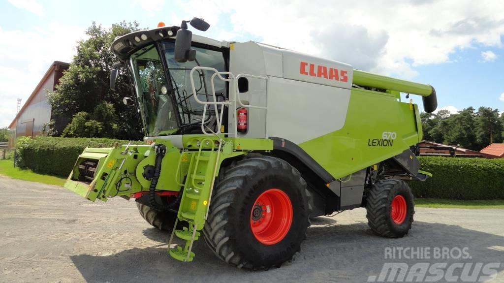 CLAAS Lexion 670 Montana 4x4