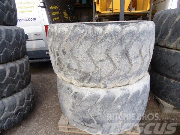 Michelin XAD 750/65-25