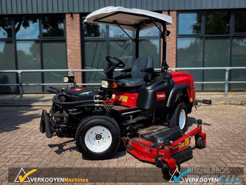 "Toro Groundsmaster 360 Quad-Steer 4WD + 100"" deck + PTO"