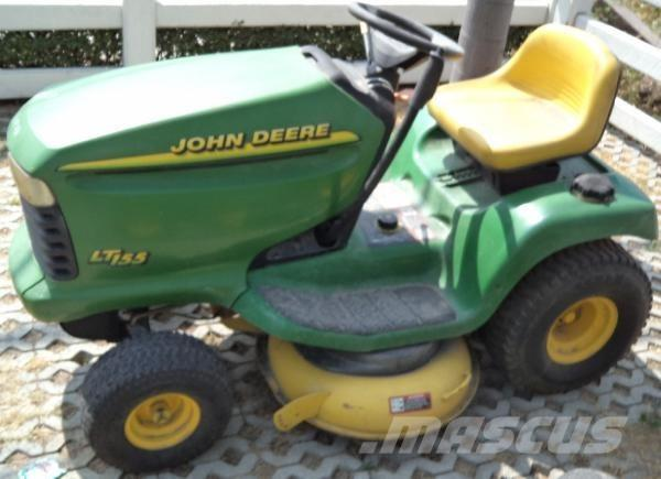 John Deere Lt155 2000 Riding Mowers